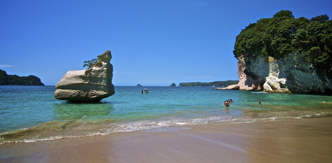 Coromandel New Zealand  city images : Coromandel Peninsula, the Hot water beach and the Cathedral Cove | New ...